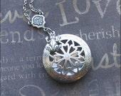 Frog Scent Locket, Locket Necklace, Aromatherapy Jewelry, Frog Necklace, Silver Scent Locket, Engraved Locket, Birthday Gift, FROG LILYPAD