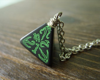 call of Cthulhu necklace D4 dice necklace dungeons and dragons dice jewelry elder sign geek pendant lovecraft pathfinder dice cthulhu