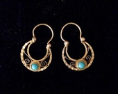 Lovely Delicate Victorian Gold & Turquoise Tiny Hoop Earrings