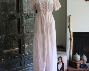 Vintage floral and lace maxi dress / nightgown