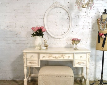 Vanity Painted Cottage Chic Shabby Romantic French Vanity / Desk
