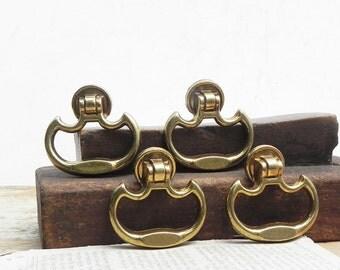 4 vintage drawer cabinet dresser knobs pulls handles Vintage Hardware