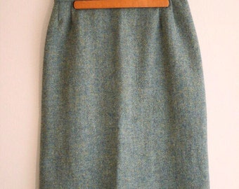 "Vintage Women's High Waisted Wool Tweed Pencil Skirt Teal Yellow Size S/M Waist Size 28"" 1950s"