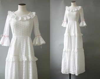 Heidi eyelet dress | White long cotton dress | 1970's by cubevintage | small