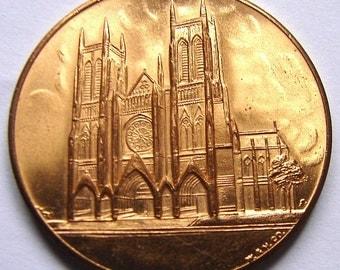 CATHEDRAL ST. JOHN Church New York Religious Pilgrimage Gild Medal Token Pendant