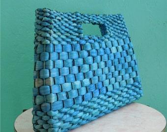 vintage 70's blue straw over sized clutch handbag