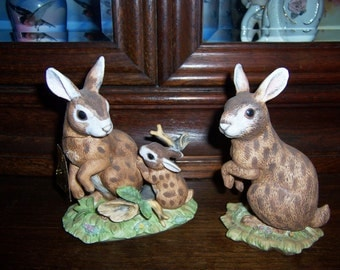 Vintage Bunny Rabbit Figurines, Momma with Baby Bunny, Poppa Bunny, LEFTON Nos. 1835/2148, Lot of 2
