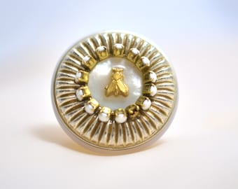 Vintage Plastic & Gold Tone House Fly Ring -UNIQUE-