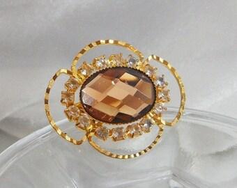 FALL SALE Vintage Rhinestone Brooch. Brown Glass Faceted Stone. Clear Rhinestones.
