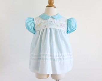 Vintage 1980s Girls Size 24M Dress / 80s Nannette One Piece with Removable Pinafore / Blue White, Floral Embroidery