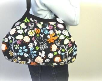 SALE...Shoulder Bag - Flowers and birds - Granny Purse