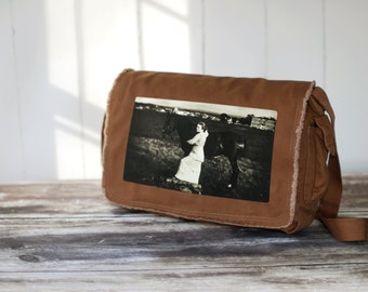 Aunt Eva - 1914 - Messenger Bag - Canvas Bag - Java Brown - Vintage Horse