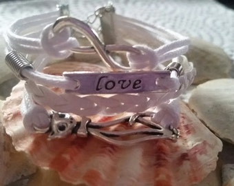 The Love of Cats - Cuff Bracelet
