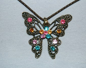Vintage / Butterfly / Necklace / Multicolor / Rhinestone / Sparkle / Bling / old jewelry