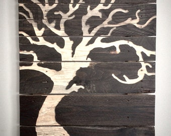 Tree Art - Tree Silhouette - Pallet Wood Art - Wood Engraving - Wall Art - Customizable - Abstract Tree - Reclaimed Wood - Free Shipping