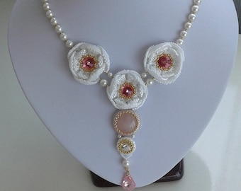 Rose quartz cabochon and Swarovski crystals beaded necklace and earrings set