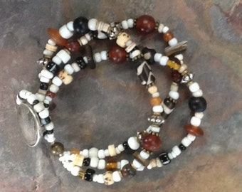 African Trade Bead Bracelet, Ethnic Bracelet, Vintage Beads, Massai Beads, Black and White Bracelet, Tribal Bracelet, Boho Jewelry