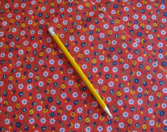 """Cotton Fabric - Small Print Calico - Red Floral 44"""" W - Selling by the Half Yard -"""