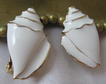 Vintage White Enamel Conch Shell Style Earrings, Clip Style