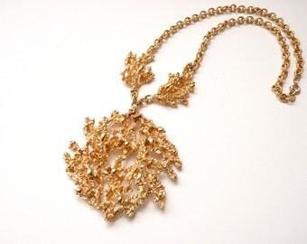 Napier 1971 Gold Coral Pendant Necklace 18 Inch Gold Chain 3 Inch Pendant Book Piece