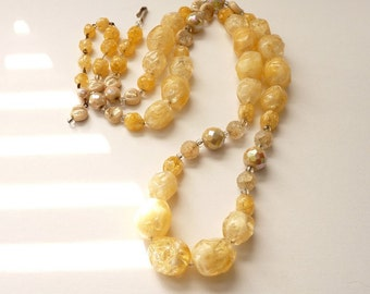 Vintage Designer Hobe Yellow Single Strand  Bead Necklace Cream Porcelain and Yellow Foil  Beads 30 Inch Rope Necklace
