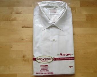 1960s 1970s Men's White Dress Shirt by Arrow Cot-N-Rite - Size 16/33 NOS Deadstock