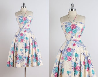 Junior Theme . vintage 1950s dress . 50s party dress . 4937