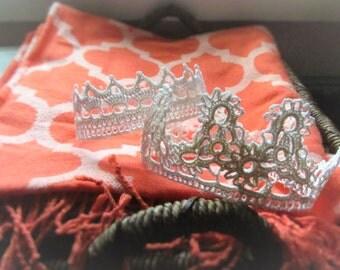 Lace Crown ~ S M A L L ~