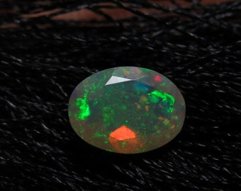 Ethiopian Welo OPAL - AAAAAAAAAA - High Quality Fine Cut Faceted Oval Stone Full Flashy Color Full Fire size - 6x8 mm