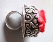 HUGE Vintage Nepal Kathmandu salmon coral resin flower and old Repousse silver ring US size 9,5