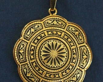 Large Ornate Spanish Damascene Pendant Necklace