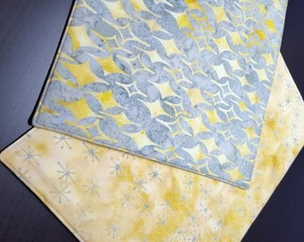 Modern Batik Placemats  - Reversible Placemats - Heat Resistant Placemats - Gray & Yellow Placemats - Abstract Print  Placemats - Set of 2