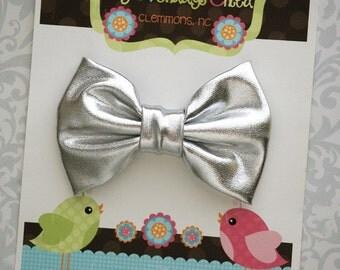 Silver Bow, Silver Hair Bow, Toddler Bow, Toddler Hair Bow, Girls Bow, Girls Hair Bow, Toddler Bows