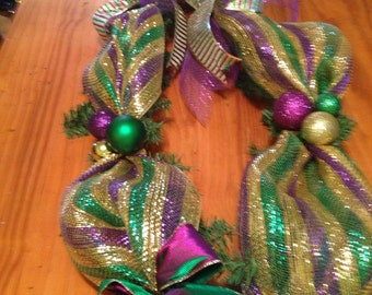 New Orleans Mardi Gras Garland 9 ft