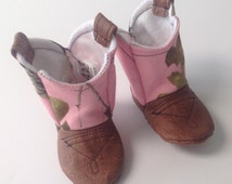Baby Cowboy Boots,  Pink Camo Boots with leather / Newborn boots / Infant boots / Toddler boots