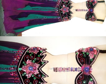 Ameynra Professional Belly dance costume, purple multi-color. Size M. New