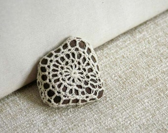 Crochet Lace Stone, Minimalist Art, Meditative Rock, Table Decoration, Feng Shui Decor, Natural Elements, Paperweight