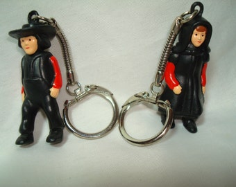 Vintage Amish Man and Woman Key Chains.