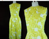 40% OFF 50s Dress Vintage 1950s Yellow White Floral Party Cocktail Dinner Sleeveless Summer L XL