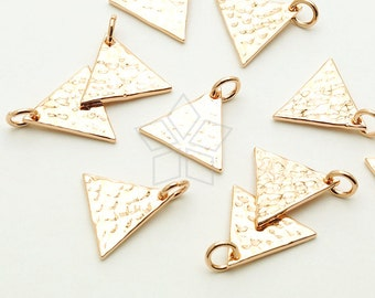 PD-1475-RG / 2 Pcs - Triangle Plate Sideways Pendant. Hammered Geometric Triangle, Rose Gold Plated over Brass / 12.5mm x 11mm