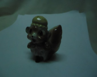 Vintage Chipmunk Salt or Pepper Shaker, has cork stopper, collectable