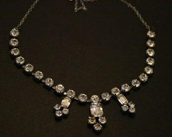Vintage diamonte necklace. Diamante necklace.  Vintage crystal necklace