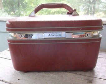 Vintage Samsonite Profile Burgundy or Maroon Red Traincase Train Case Suitcase Luggage