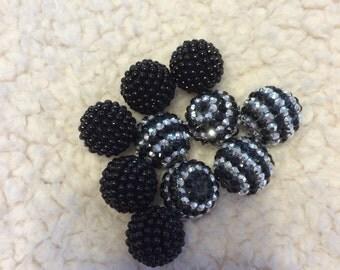 Rhinestone and bubble beads