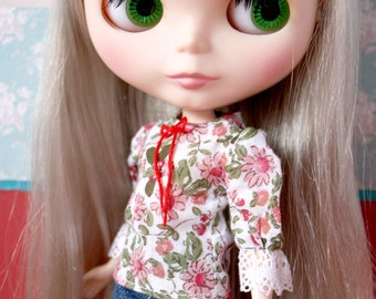Blythe Momoko Pullip vintage peasant blouse flower print
