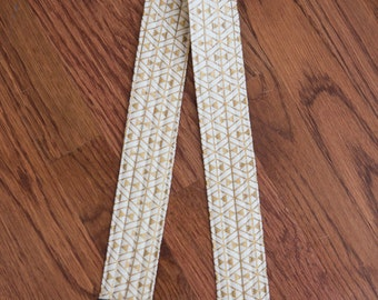CAMERA STRAP in Gold Hourglass