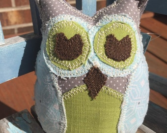 Lil' owl- Gray Dot