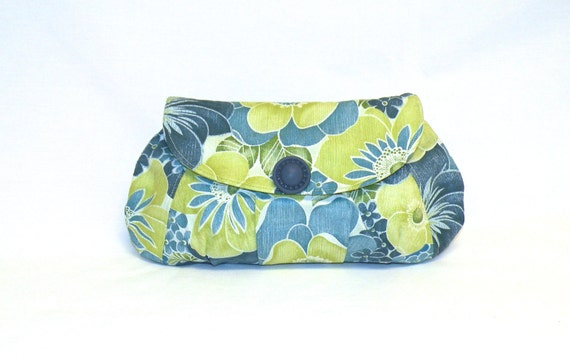NEW  Pleated clutch with flap closure in tropical print in shades of blue and lime green