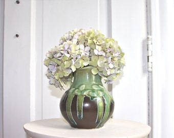 Sweet vase