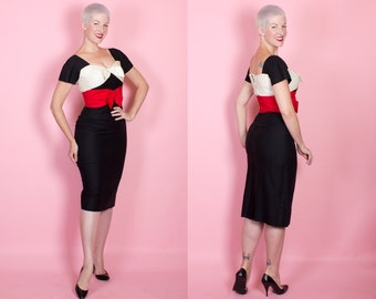 RESERVED 1950s Designer Inky Black Cotton Pique Hourglass Cocktail Dress w/ White & Red 3D Bow Shelf Bust by Don Loper - Wiggle - Mad Men
